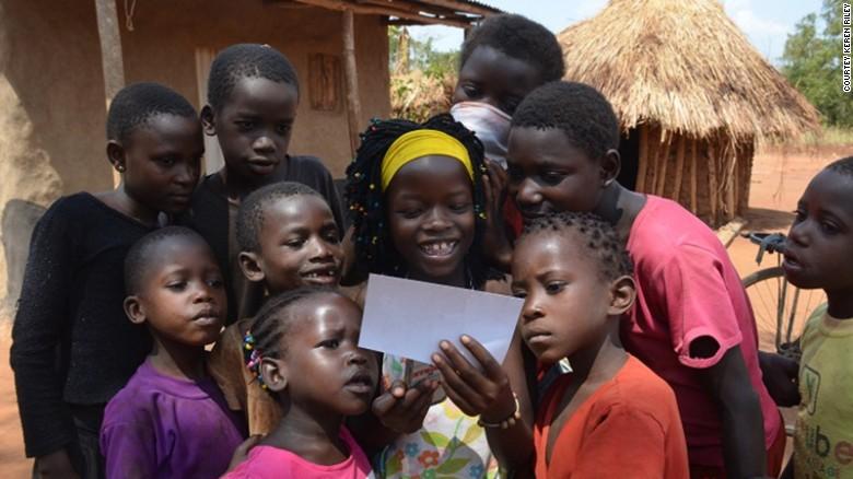 Nhận nuôi bé gái châu Phi, cặp vợ chồng không ngờ sau khi cô bé học tiếng Anh lại tiết lộ một sự thật quá khủng khiếp-8