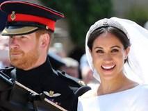 Meghan Markle là nàng lọ lem gặp thời, hay Hoàng tử là người chồng may mắn?