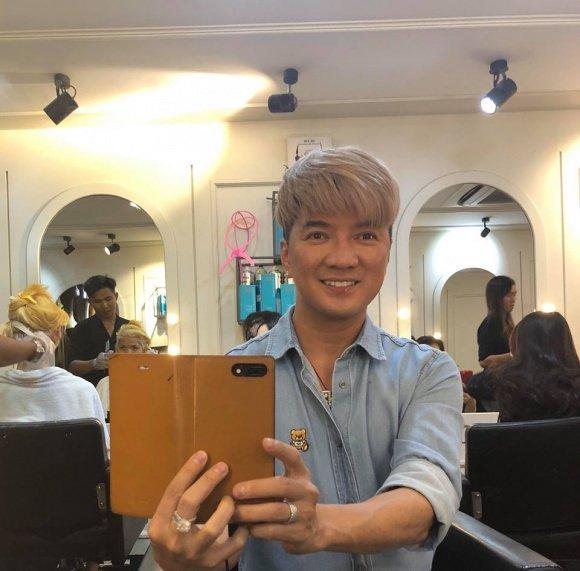 Đàm Vĩnh Hưng đi cắt tóc, lột xác khi lần đầu tiên thử kiểu tóc mới, ai cũng khen trẻ 20 tuổi như sao Hàn-2