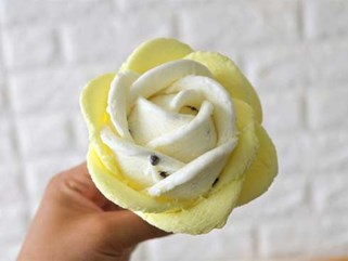 Nắng nóng, đổ xô mua kem hoa hồng 50.000 đồng ở Hà Nội