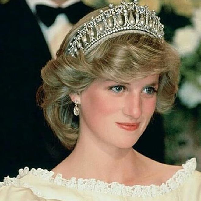 Nhan sắc và khí chất hoàn hảo của cố Công nương Diana trong những khoảnh khắc xưa-3