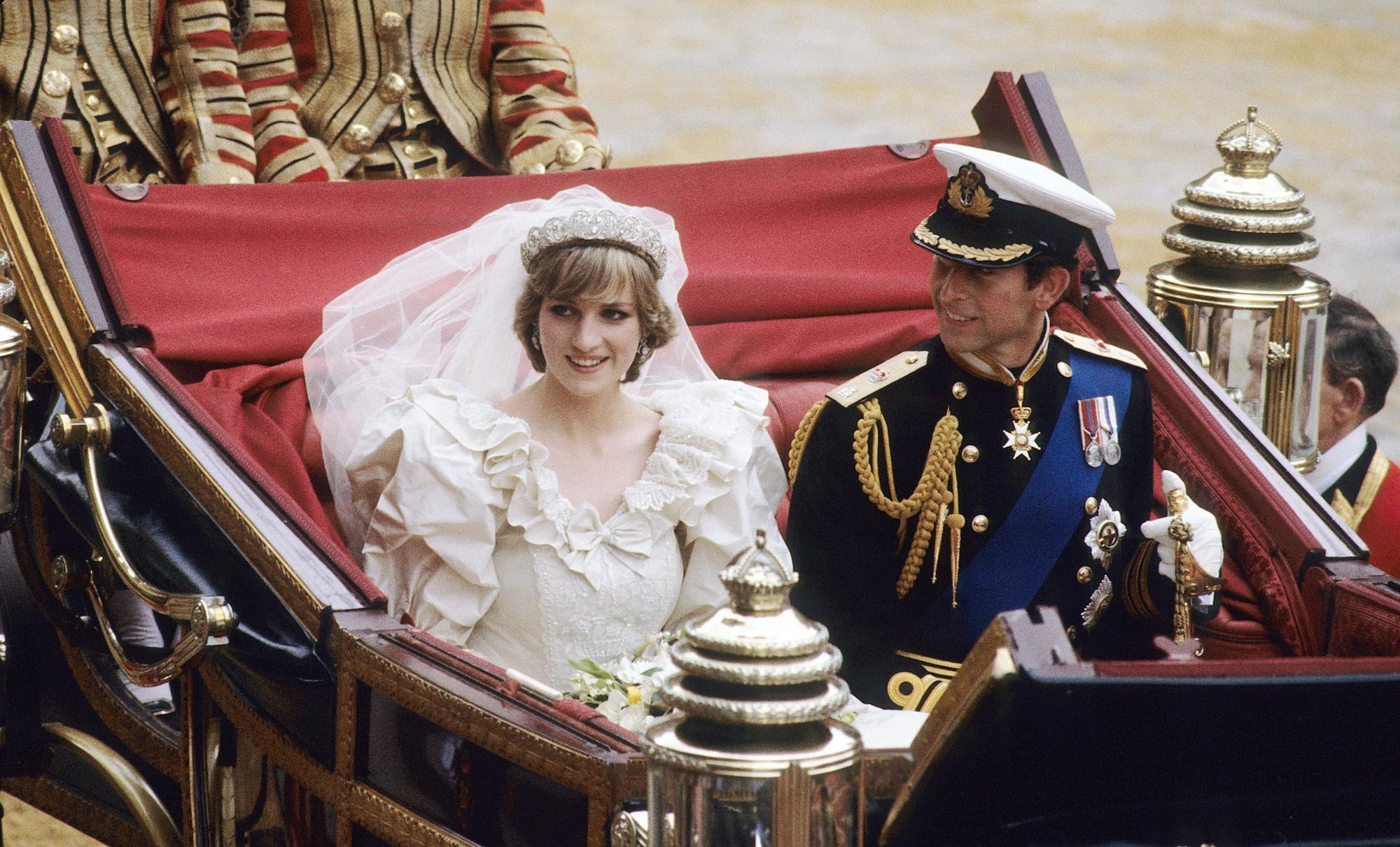 Nhan sắc và khí chất hoàn hảo của cố Công nương Diana trong những khoảnh khắc xưa-6