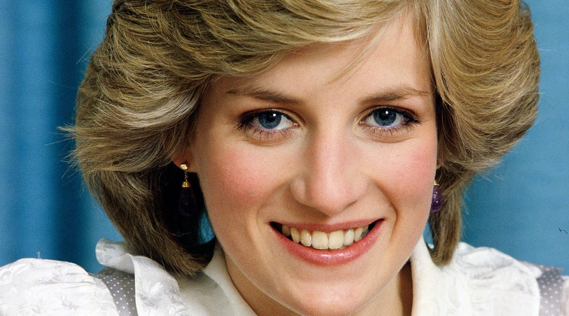 Nhan sắc và khí chất hoàn hảo của cố Công nương Diana trong những khoảnh khắc xưa-4