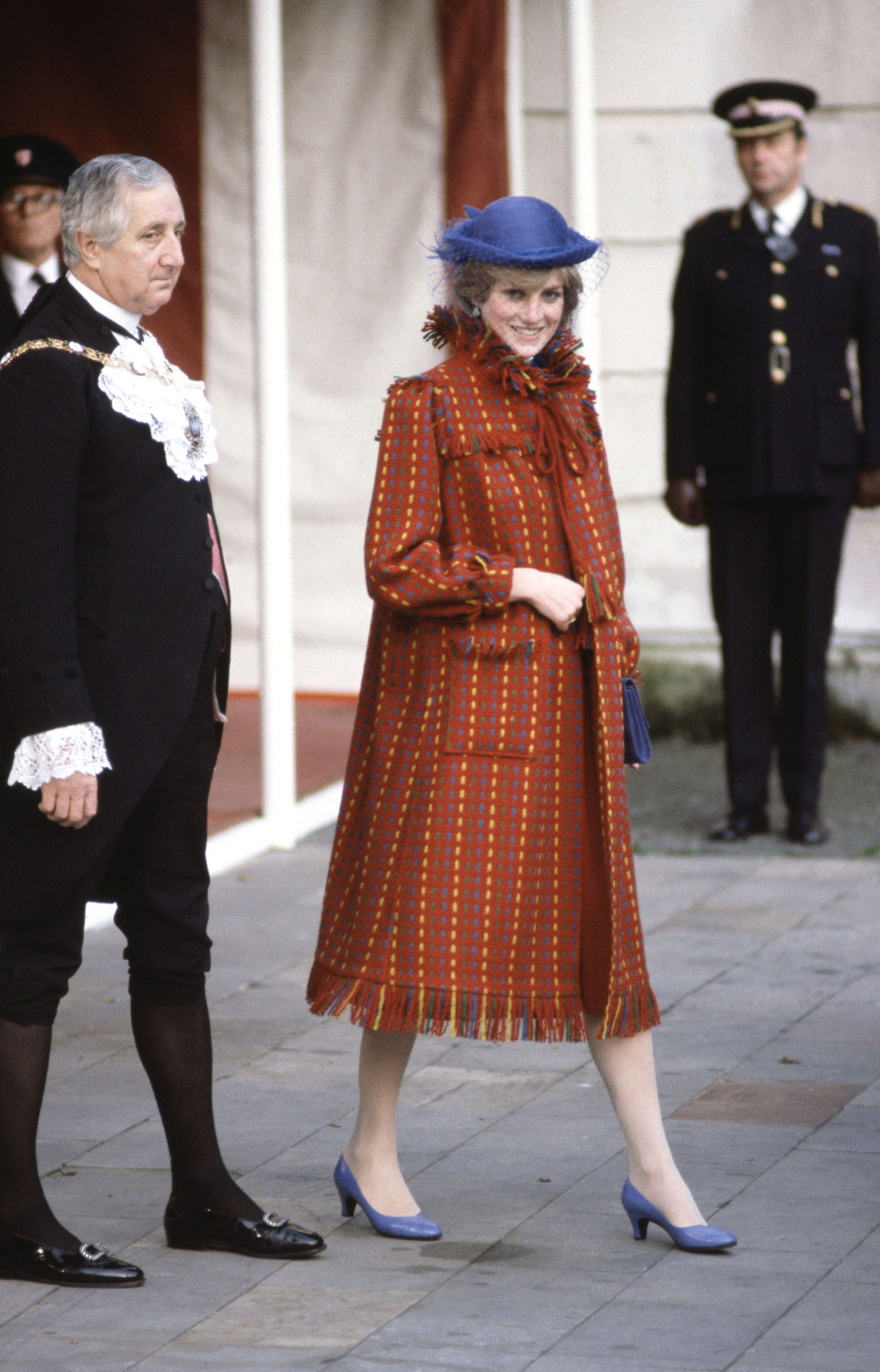 Nhan sắc và khí chất hoàn hảo của cố Công nương Diana trong những khoảnh khắc xưa-9