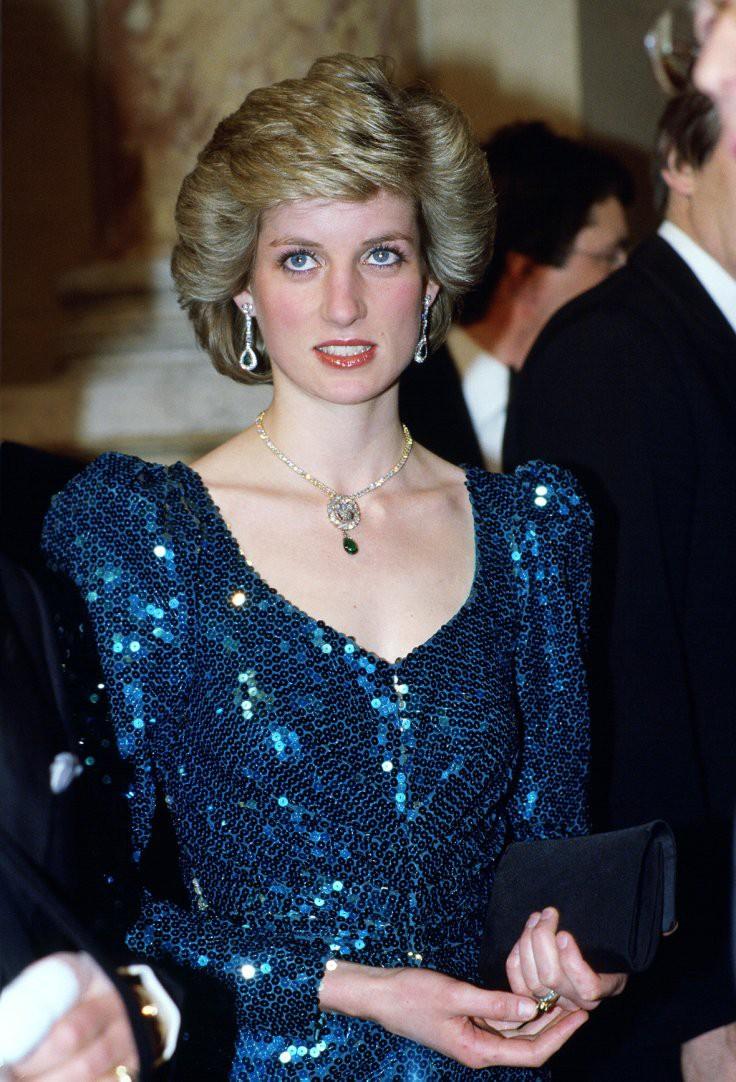 Nhan sắc và khí chất hoàn hảo của cố Công nương Diana trong những khoảnh khắc xưa-10