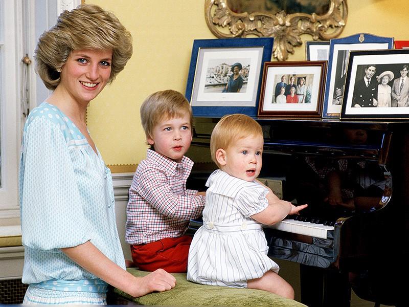 Nhan sắc và khí chất hoàn hảo của cố Công nương Diana trong những khoảnh khắc xưa-15