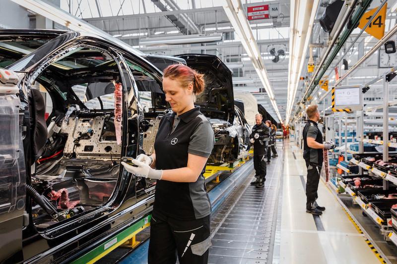 Hình ảnh đầu tiên của nhà máy Mercedes hiện đại nhất thế giới-1