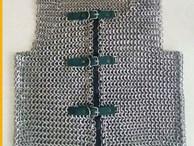Độc lạ 'áo giáp sắt cho hiệp sĩ' giá tiền triệu, nặng gần 10kg