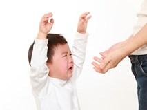 """4 sai lầm tai hại có thể """"bóp chết"""" sự tự tin của trẻ, bố mẹ yêu con cần đọc luôn và ngay"""
