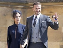 Victoria cau có suốt hôn lễ Hoàng tử Harry là vì Beckham tiệc tùng chè chén với người đẹp khác?