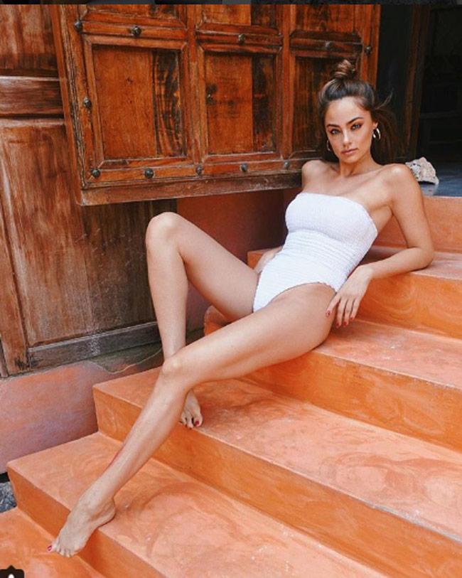 Bản sao xinh đẹp của Miranda Kerr làm điều này trên giường để ngày càng hấp dẫn-9