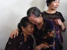 Tiếng khóc nghẹn trong đám tang người lái tàu gặp nạn ở Thanh Hóa: