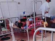 'Nóng mắt' với cảnh cặp đôi ôm nhau, hôn hít ngay trên giường bệnh viện giữa bốn bề bệnh nhân