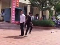 Thầy giáo và nam sinh nhảy cực nóng bỏng gây xôn xao mạng xã hội