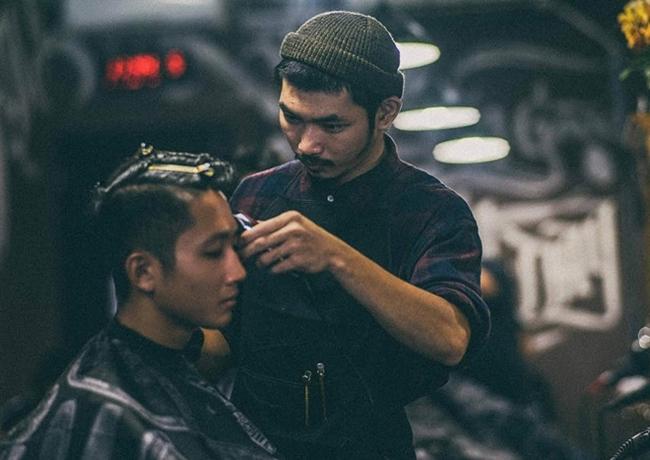 Dàn diễn viên Bụi đời chợ Lớn: Kẻ chuyển sang cắt tóc, người một bước thành sao-11