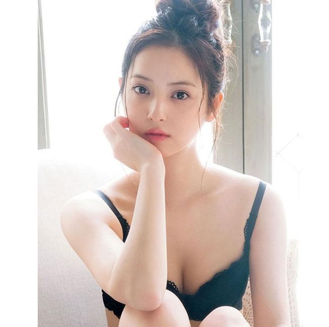 17 cô gái Nhật đẹp hút hồn từ gương mặt đến hình thể-2