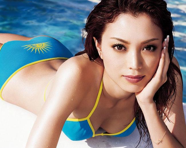 17 cô gái Nhật đẹp hút hồn từ gương mặt đến hình thể-8