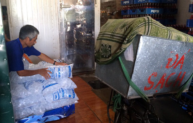Những nghề bình dân hái tiền triệu mỗi ngày nhờ nắng nóng-2