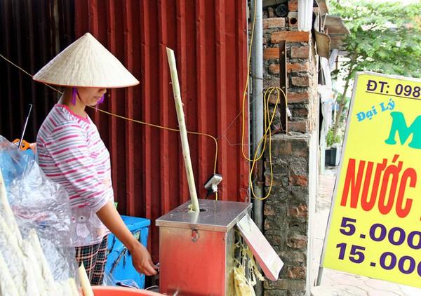 Những nghề bình dân hái tiền triệu mỗi ngày nhờ nắng nóng-1