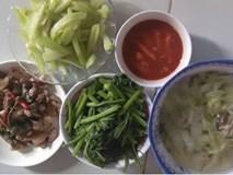 Nấu mâm cơm chuẩn công thức 4 món mặn, xào, luộc, canh, nàng dâu vẫn bị mẹ chồng chê