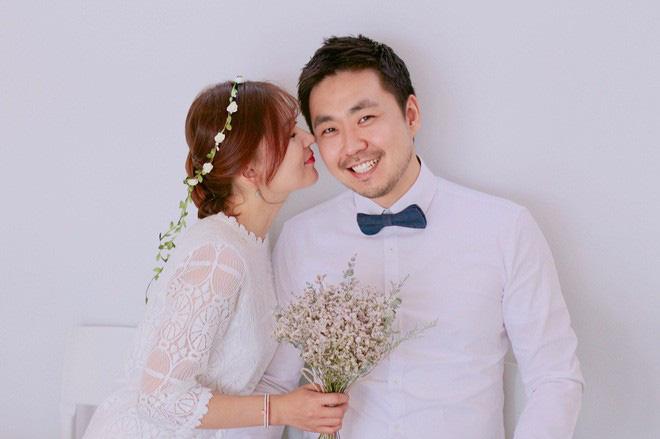 Mẹ của các em bé nổi tiếng MXH Hàn - Nhật: Người xinh như hot girl, người quyết tâm giấu mặt-9