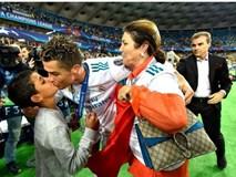 Mẹ Cristiano Ronaldo muốn con trai trở lại Man Utd