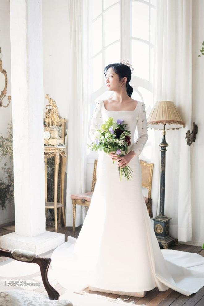 U40 Jang Nara khoe nhan sắc trẻ như gái 20 khi diện váy cưới-8