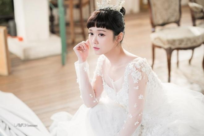 U40 Jang Nara khoe nhan sắc trẻ như gái 20 khi diện váy cưới-1