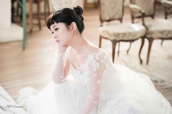 U40 Jang Nara khoe nhan sắc trẻ như gái 20 khi diện váy cưới-5