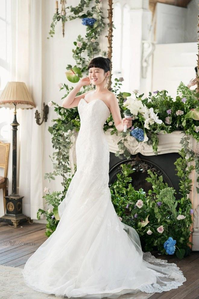 U40 Jang Nara khoe nhan sắc trẻ như gái 20 khi diện váy cưới-6
