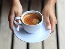 6 thói quen tưởng vô hại nhưng ngấm ngầm phá hoại buổi sáng của bạn