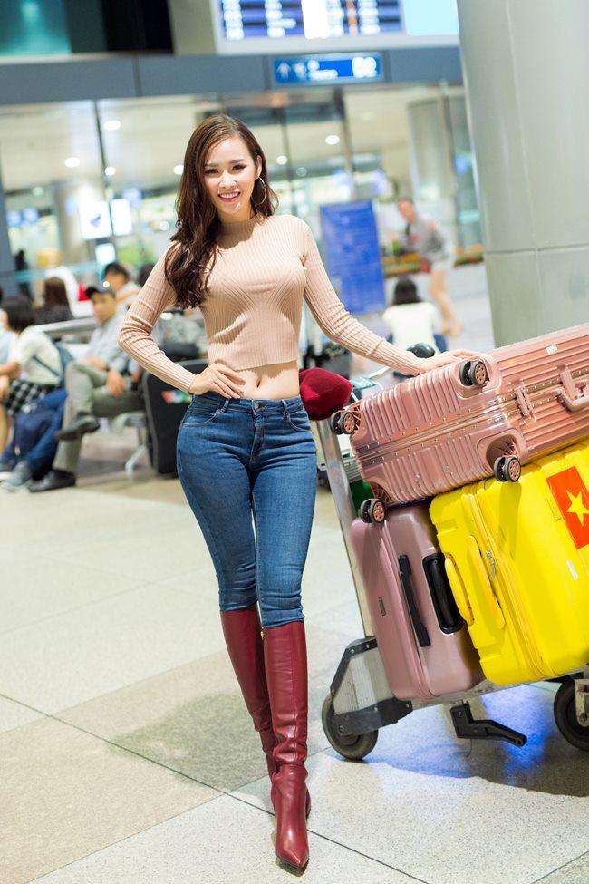 Hai chân dài vượt mặt Angela Phương Trinh khi có vòng ba hơn 1 mét-11