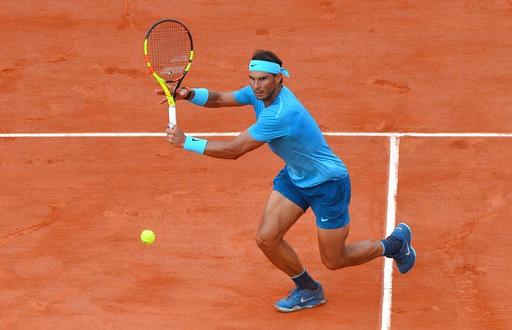 Roland Garros: Nadal thăng hoa mạnh mẽ sau trận đầu chệch choạc-1