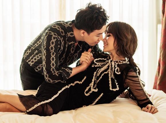 Kỉ niệm 17 tháng về chung nhà, Trấn Thành và Hari Won tung bộ ảnh tình bể bình-4