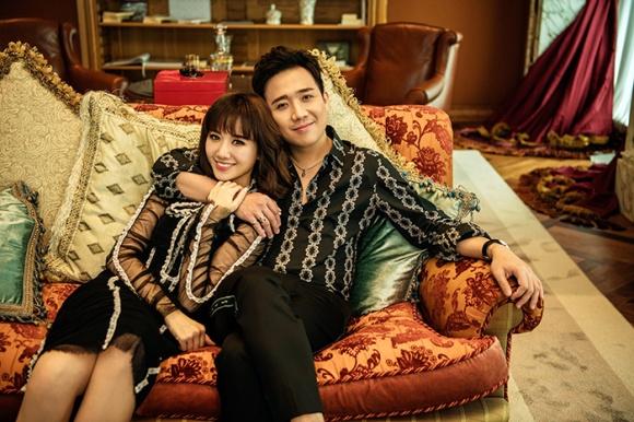 Kỉ niệm 17 tháng về chung nhà, Trấn Thành và Hari Won tung bộ ảnh tình bể bình-8