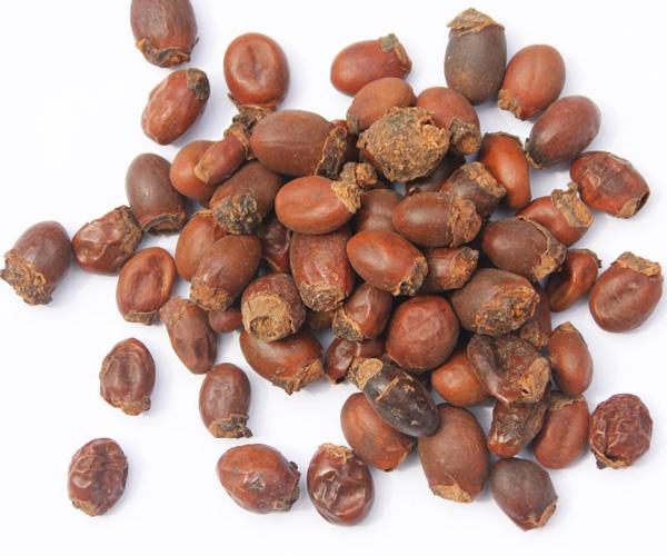 Ăn vải xong chớ bỏ hạt đi vì những công dụng tuyệt vời này-1