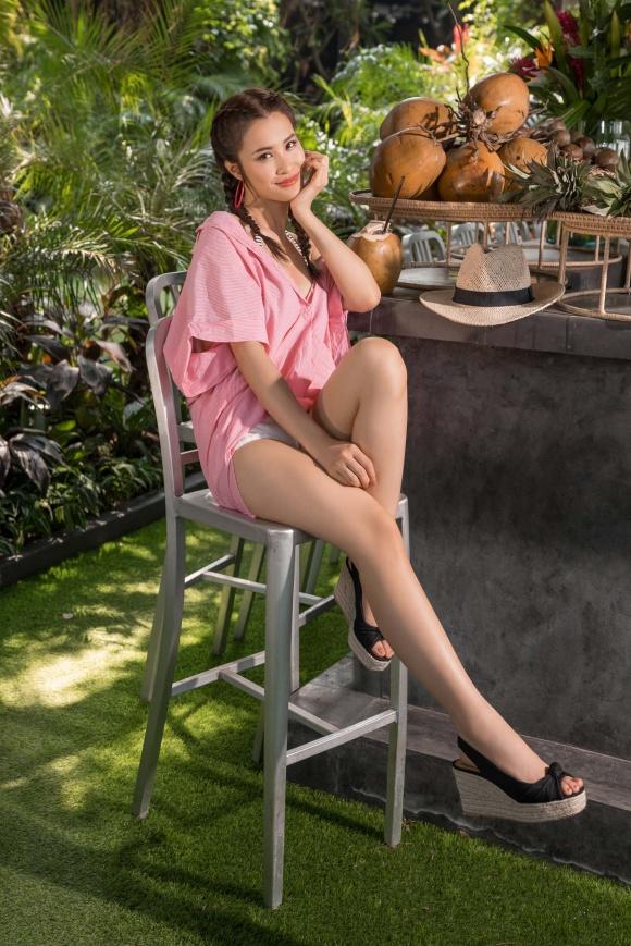 Lần đầu tiên tự làm stylist cho riêng mình, Đông Nhi khiến fans bỡ ngỡ với loạt trang phục đậm chất hè-6