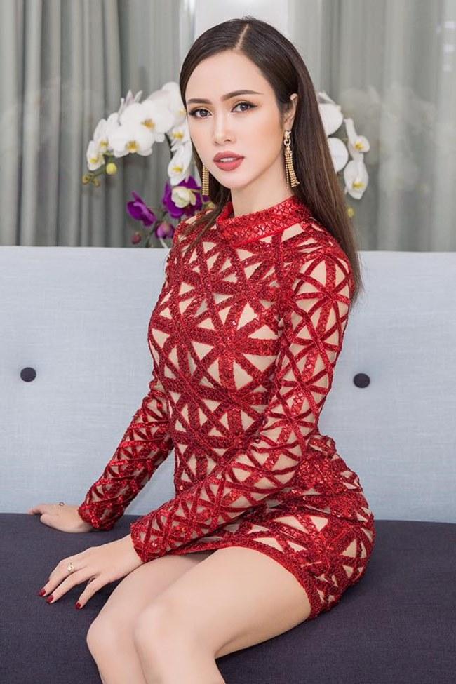 Những trang phục gây hiểu lầm nghiêm trọng của người đẹp Vũ Ngọc Anh-15