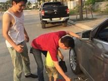 Hỏng xe giữa trời nóng 37 độ, lời đề nghị của người lạ khiến tài xế sững lại trong giây lát