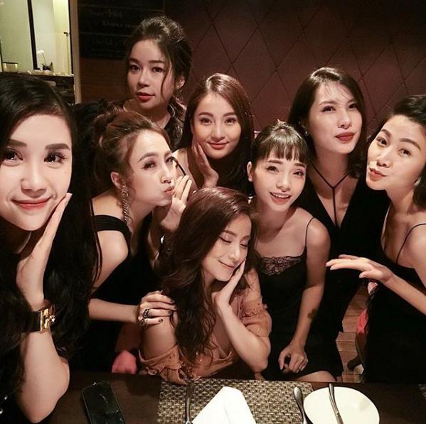 Nghi vấn cựu hot girl Ngọc Anh 8X đã chia tay chồng, làm mẹ đơn thân ở tuổi 30?-9