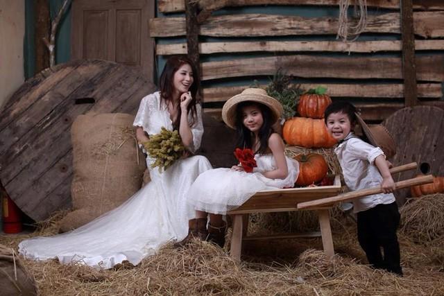 Nghi vấn cựu hot girl Ngọc Anh 8X đã chia tay chồng, làm mẹ đơn thân ở tuổi 30?-1