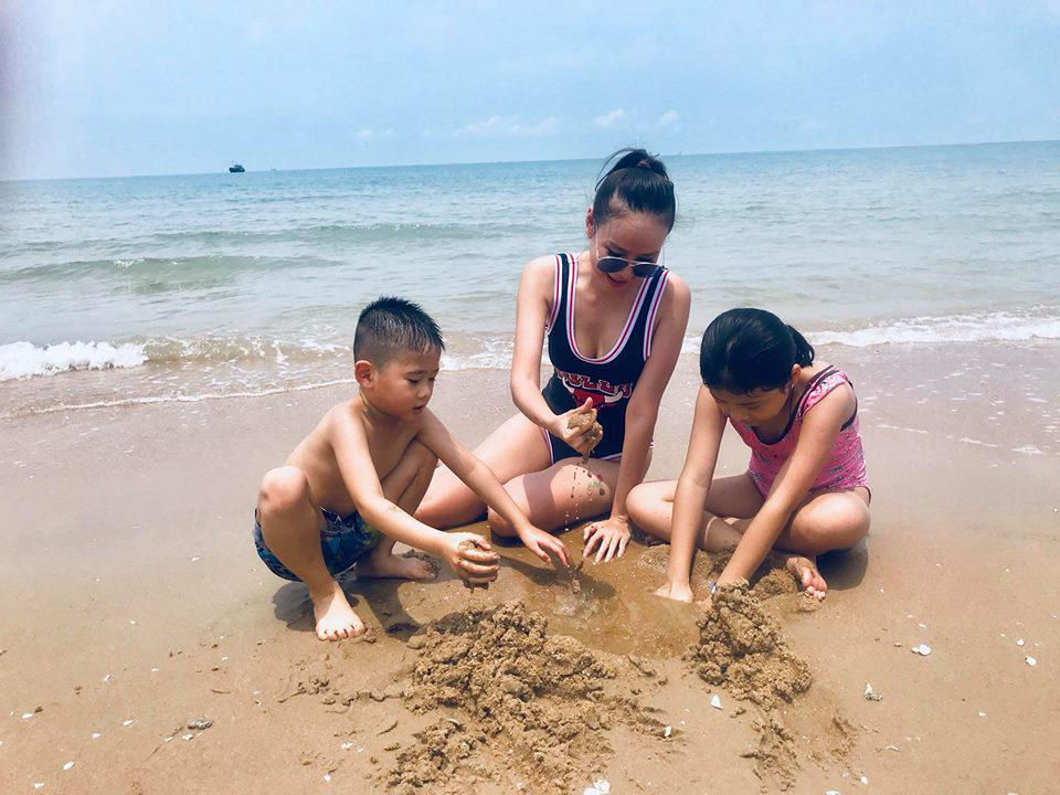 Bí quyết giúp Dương Yến Ngọc giữ chân bạn trai kém 12 tuổi dù đã là mẹ hai con-7