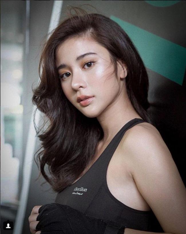 4 thiếu nữ Thái Lan tuyệt xinh được vạn chàng trai coi là tình trong mộng-19