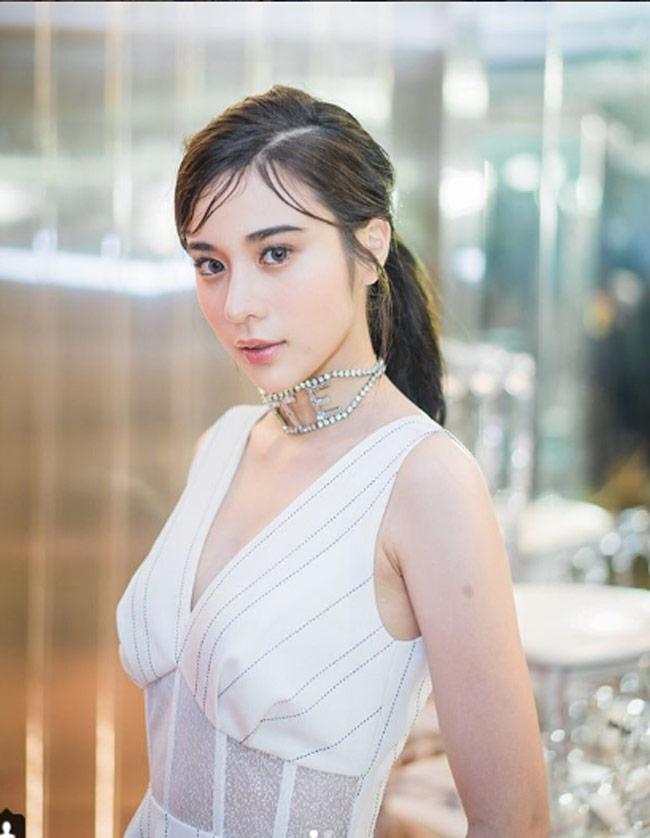 4 thiếu nữ Thái Lan tuyệt xinh được vạn chàng trai coi là tình trong mộng-21