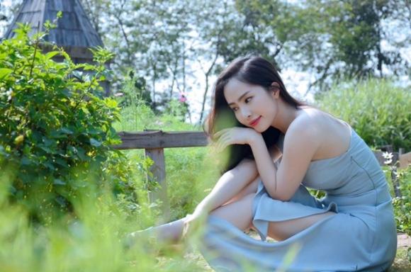 Cá sấu chúa Quỳnh Nga thả dáng ngọt ngào giữa thiên nhiên thơ mộng-3