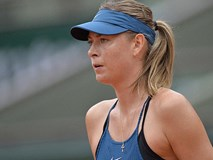 Sharapova thua chóng vánh, Nadal thoát hiểm tại tứ kết Pháp mở rộng