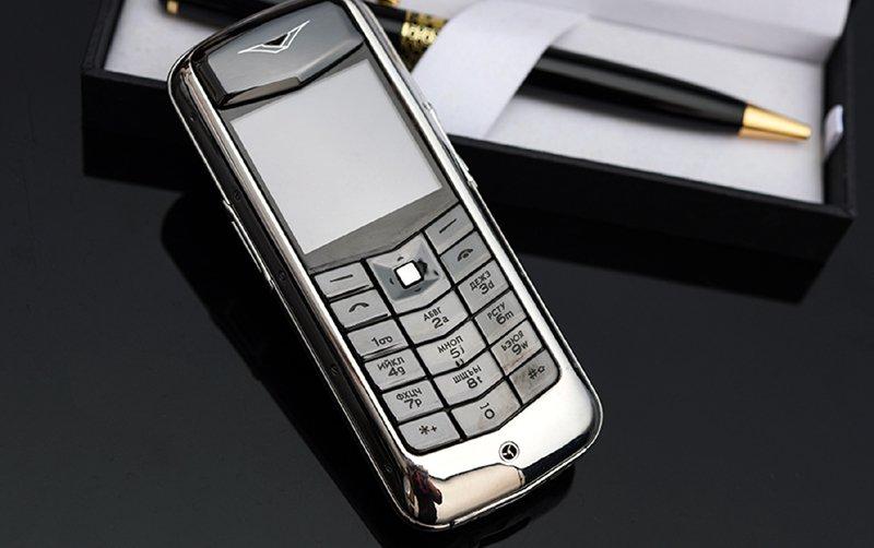 Hiếm có Việt Nam: Tay chơi sưu tập bộ điện thoại Vertu chục tỷ-6