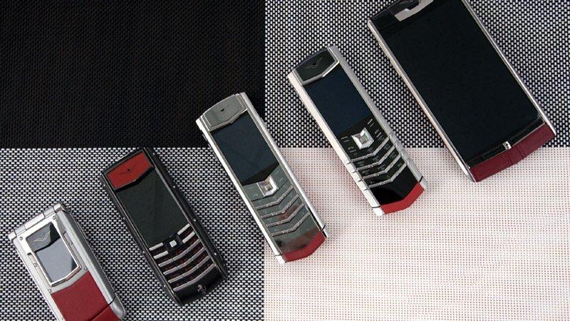 Hiếm có Việt Nam: Tay chơi sưu tập bộ điện thoại Vertu chục tỷ-9