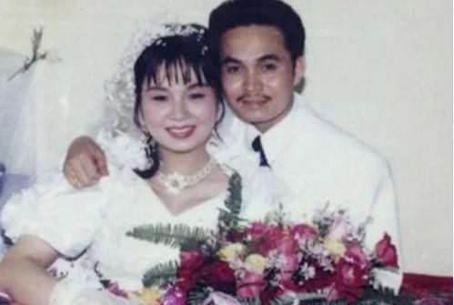 Ngắm loạt ảnh cưới những năm 80 - 90, bạn có nhận ra đây là sao Việt nào?-15
