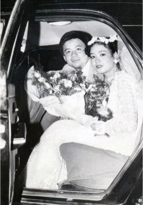 Ngắm loạt ảnh cưới những năm 80 - 90, bạn có nhận ra đây là sao Việt nào?-5